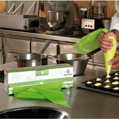 Matfer XL Green Disposable Piping Bags, 590X280mm; Pack Qty 100